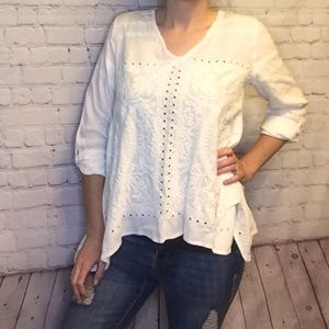 Anthropologie Dylan Embroidered